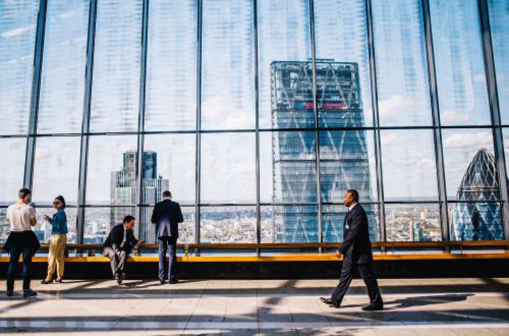 Sparen bei Business-Trips? Was Sie von Ihren Mitarbeitern verlangen können (und was nicht).