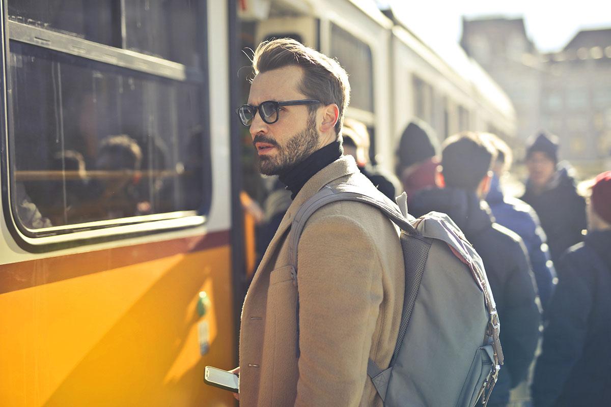 Stets unter Menschen – auf Geschäftsreisen sind Sie selten allein